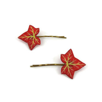 Set of 2 burgundy red ivy leaves bobby pins, eco-friendly nature fashion hair pins, woodland painted plastic hair clips (recycled CD)