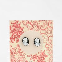 Urban Outfitters - Cameo Earring