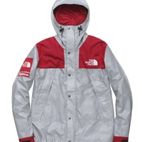 cc hcxx Red North Face x Supreme Jacket