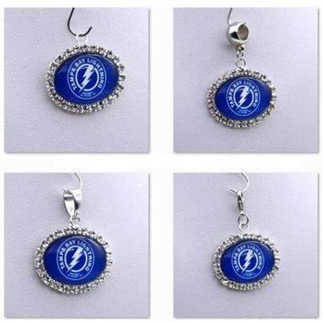 Pendant Charms Rhinestone NHL Tampa Bay Lightning Charms for Bracelet Necklace for Women Men Ice Hockey Fans Paty Fashion 2017