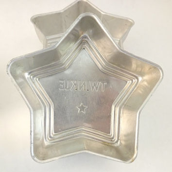 Set of 4 Star Pastry Molds, Small Twinkle Star Shaped Baking Tins Set, Vintage Metal Candy Molds, Soap Mold, Chocolate Mold, Cake Form