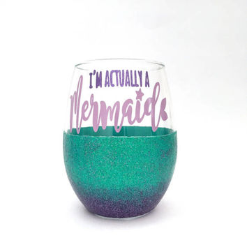 Mermaid Wine Glass // Mermaid // Mermaid Gifts // Cute Wine Glass // Wine Glass // Mermaid Glitter // Ombre Glitter // Gift for Her