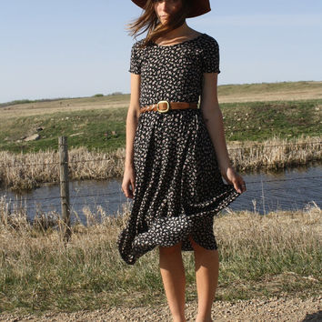 Vintage Floral 90's Flowing Black Flower Bud Long Daisy Print Grunge Polka Dot Dress