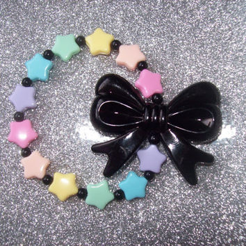 Fairy Witch - Pastel Stars and Black Bow Stretch Bracelet