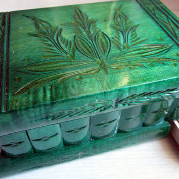 Hungarian Home Decor Keepsake & Jewelry Puzzle Box Handcarved Wooden (Green)