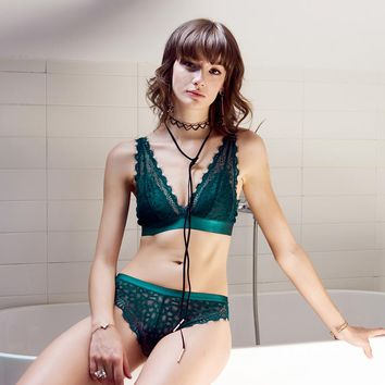 Sexy Lace-up Bralette Transparent Bra Panty Women Luxury floral lace Underwear Set Small Girls Lingerie  Black Green