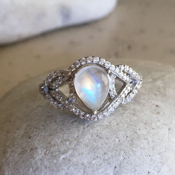 Rainbow Moonstone Ring- Promise Ring- Wedding Ring- Art Deco Ring- Moonstone Ring- Sterling Silver Ring- June Birthstone Ring- Rings for Her