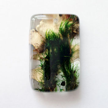 Moss and Lichen Oval Pendant, Moss and Lichen in Clear Resin, Woodland Jewelry