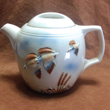 Vintage 1950s Porcelier Ducks Flying Over Cat Tails Ceramic Teapot With Lid