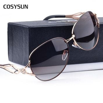 2015 new arrival Matel Flower Endpiece Crystal UV400 Big Rim Luxury Sunglasses Women Fashion Summer Sun Glasses Women Sunglass