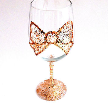 Glitter bow wine glass