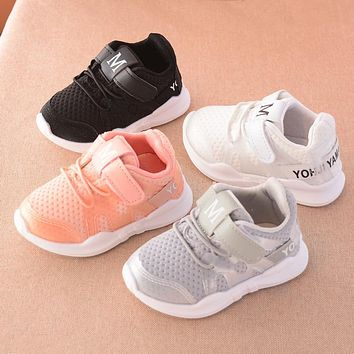 Fashionable net breathable pink leisure sports running shoes for girls white shoes for boys brand kids shoes