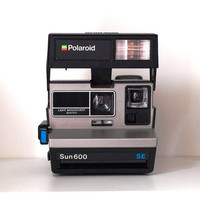 Polaroid Sun 600 Special Edition. Vintage camera. Polaroid instant camera. Highly collectable and great fun to use.
