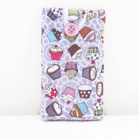 IPhone fabric sleeve, lilac cupcake cell phone padded cover suitable for Iphone 5s 5c 4s samsung galaxy s2 s3 s4 , UK seller