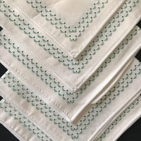Vintage Cloth Napkins White with Green Border Design Set of 6 Napkins Christmas Decor Eco Friendly Dinner Napkins