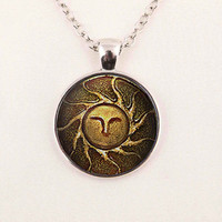 "Dark Souls ""Heirs Of The Sun"" Necklace"