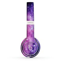 The Purple and Blue Scattered Stars Skin Set for the Beats by Dre Solo 2 Wireless Headphones