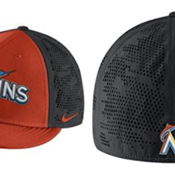best service 3d739 24c0f Nike Men s Miami Marlins Dri Fit True Vapor Swoosh Flex Fitted H