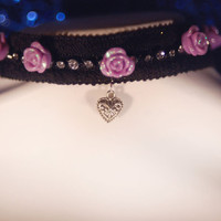 Pastel goth purple crystal heart pendant choker necklace. Harajuku ,lolita, decora, fairy kei, visual kei, kera, goth, cosplay, anime.