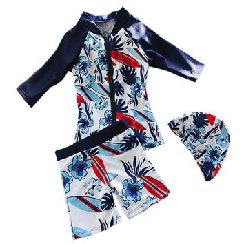 GI FPREVER Long Sleeve Children Swimwear Two Pieces Suit With Cap 2017 Cute Boy Zipper Swimsuit Bathing Suit  Maillot De Bai
