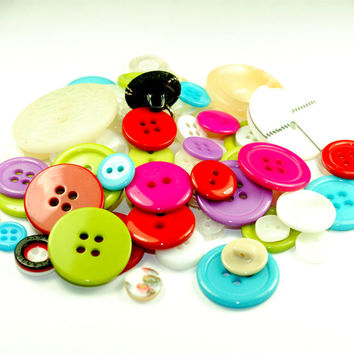 Wholesale Mixed Assorted Lot - Gorgeous Multi colored Bulk Buttons - Plastic Sewing Button Craft Destash Jewelry Grab Bag  Findings Supplies