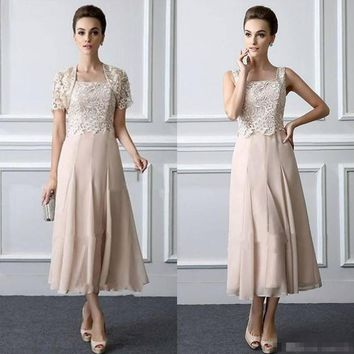 Two Pieces 2018 Tea Length Lace Formal evening gown Elegant Customized vestido novia Mother of The Bride Dresses with jacket