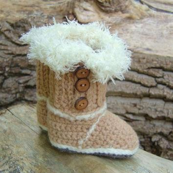 ONETOW CROCHET PATTERN Ugg Style Baby Boots in 2 sizes Baby Uggs Crochet Tutorial Quick and e