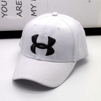 PEAPDQ7 Fashion Under Armour Enbroidery Baseball Cap Hats- White
