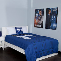 Doctor Who TARDIS Queen Comforter