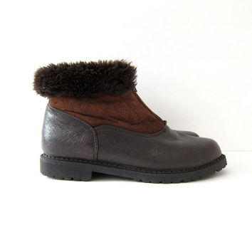 Vintage Snow Boots. Faux Fur Ankle Boots. Zip Up Boots. Brown Leather Suede Boots.