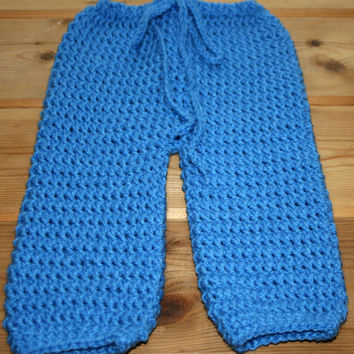 Crochet newborn baby pants Cute babies leggings 0 -3 months Handmade baby clothes New baby gift Blue baby pants diaper cover nappy Photoprop