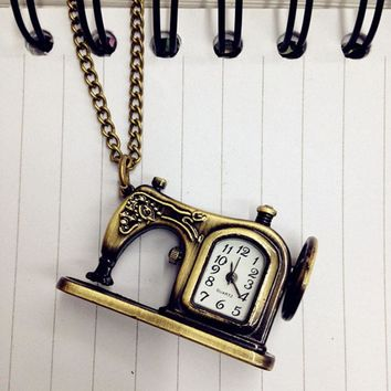 Retro Antique Bronze Alloy Sewing Machines Pendant Pocket Watch For Women