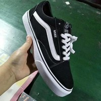 Vans Classics Old Skool Sneaker (5 colors)
