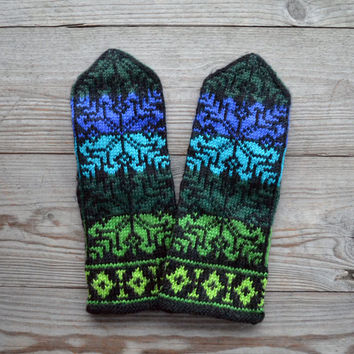 Blue and Green Gloves with Stars - Christmas Gloves - Wool mittens - Traditional Scandinavian Mittens - Gift - Winter Accessories nO 46.
