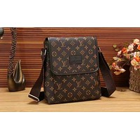 LV Louis Vuitton Fashion Men Shoulder Bag Casual Crossbody Bags Chic Handbag