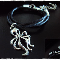 Octopus Choker ~ Octopus Necklace ~ Squid Necklace~ Kraken Necklace~ Nautical Style~ 90s Choker Necklace ~ Rock Music Jewelry