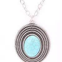 Silver Detailed Pendant Chain Link Centered Necklace