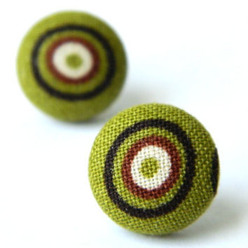 Button Earrings BrownGreen Retro Circle 70's by PushTheButtons