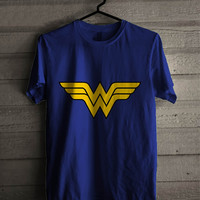 superman and wonder women couples women T-Shirt for man shirt, woman shirt XS / S / M / L / XL / 2XL / 3XL*bw*