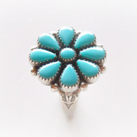 Turquoise Flower Ring - Vintage Zuni Petit Point Jewelry - Native American Sterling Silver Turquoise Ring - Size 6