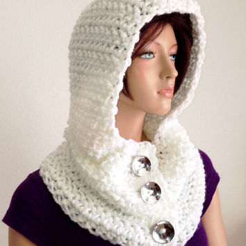 Crochet Hooded Cowl in White