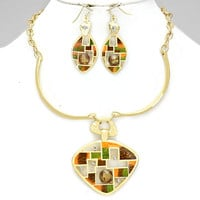 Abstract Of Art Exotic Crystal Necklace Set