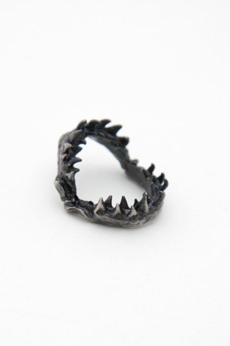 OBEY CLOTHING -  OBEY SHARK JAW RING