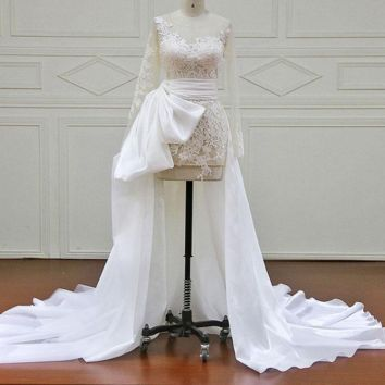 Full Sleeve Wedding Dress Floor-Length Appliques and lace Illusion Wedding Dresses
