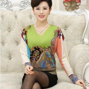 High quality women's autumn  floral cashmere sweater elegant ladies vintage printing v-neck long sleeve wool sweater pullovers