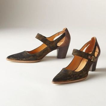 Everyday Allure Pumps