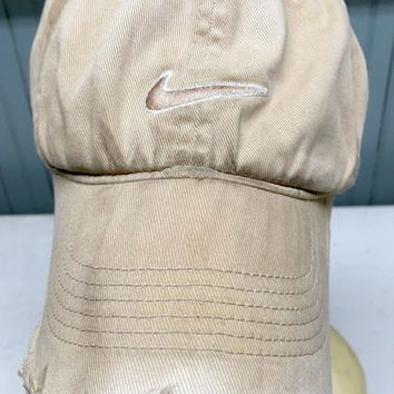 NIKE Genuinely Distressed Trashed Worn Beat Up One Size Stretch Baseball Cap Hat