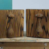 Pair of Otagiri Cat Bookends Mid Century Highly Grained Cryptomeria Wood