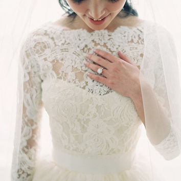 Vntage lace Wedding Dress, Sweetheart  Bridal Gown,  Lace Wedding dress,Wedding Gowns,,Custom Size and Color