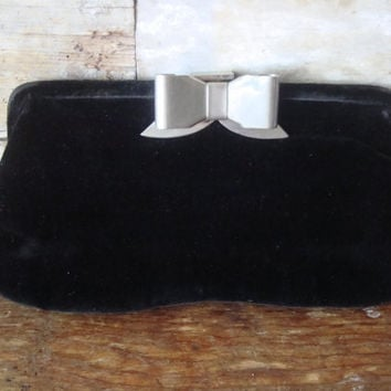 Vintage Retro Clutch Purse 1950s or 60s Crushed Black Velvet
